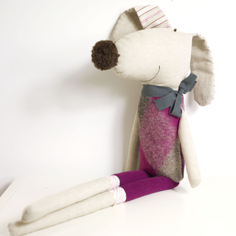 Ernesto the soft toy dog * pink and grey wool with grey loop