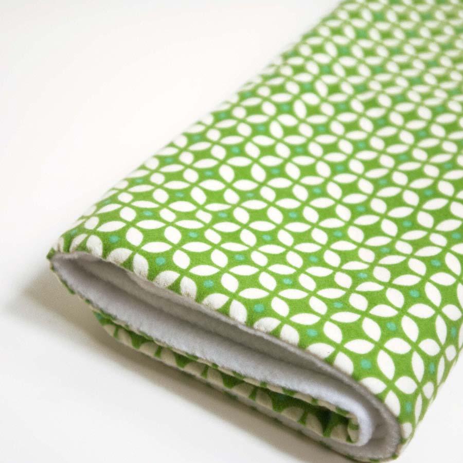 soft baby blanket * green